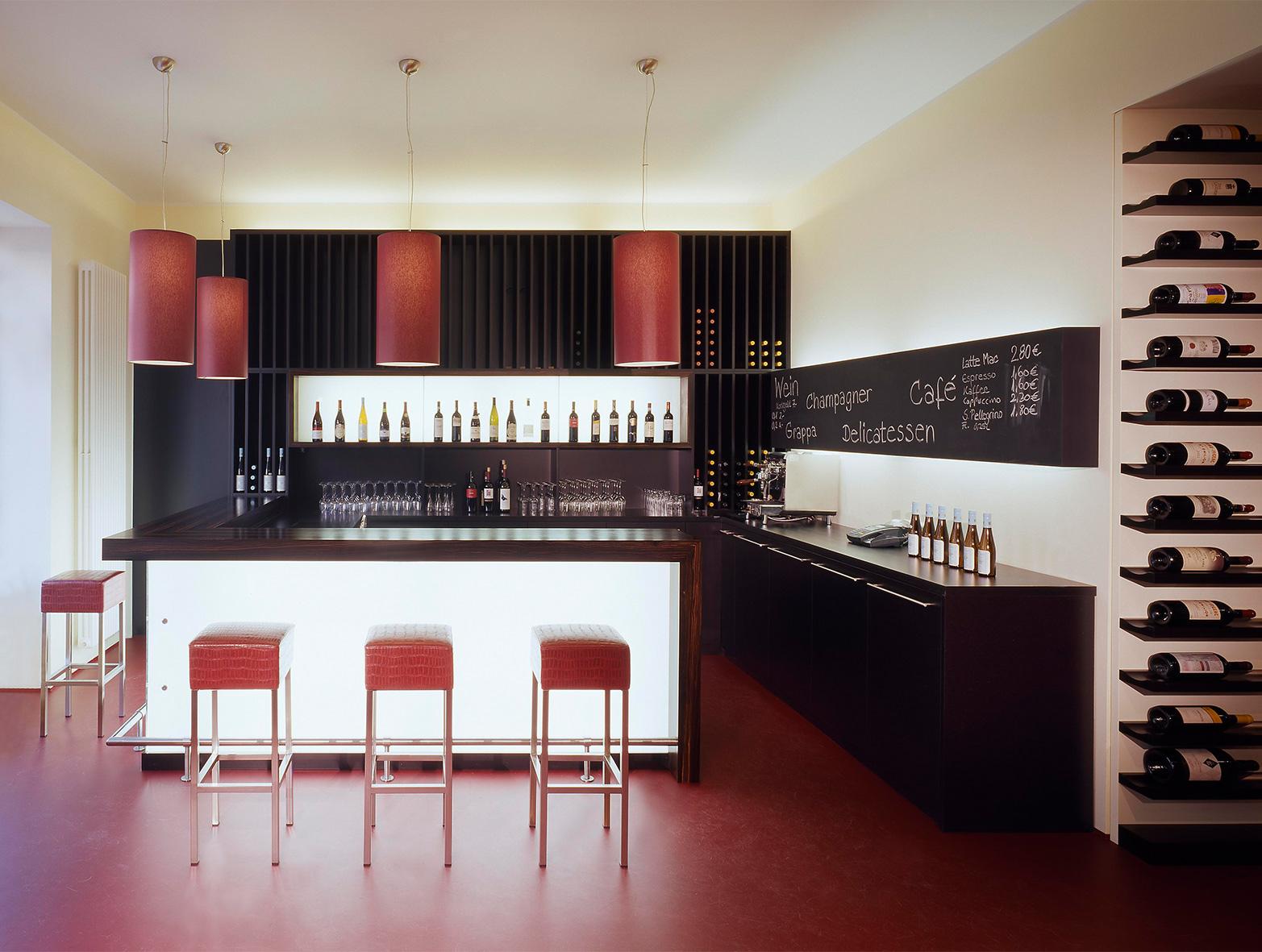 Weinladen02