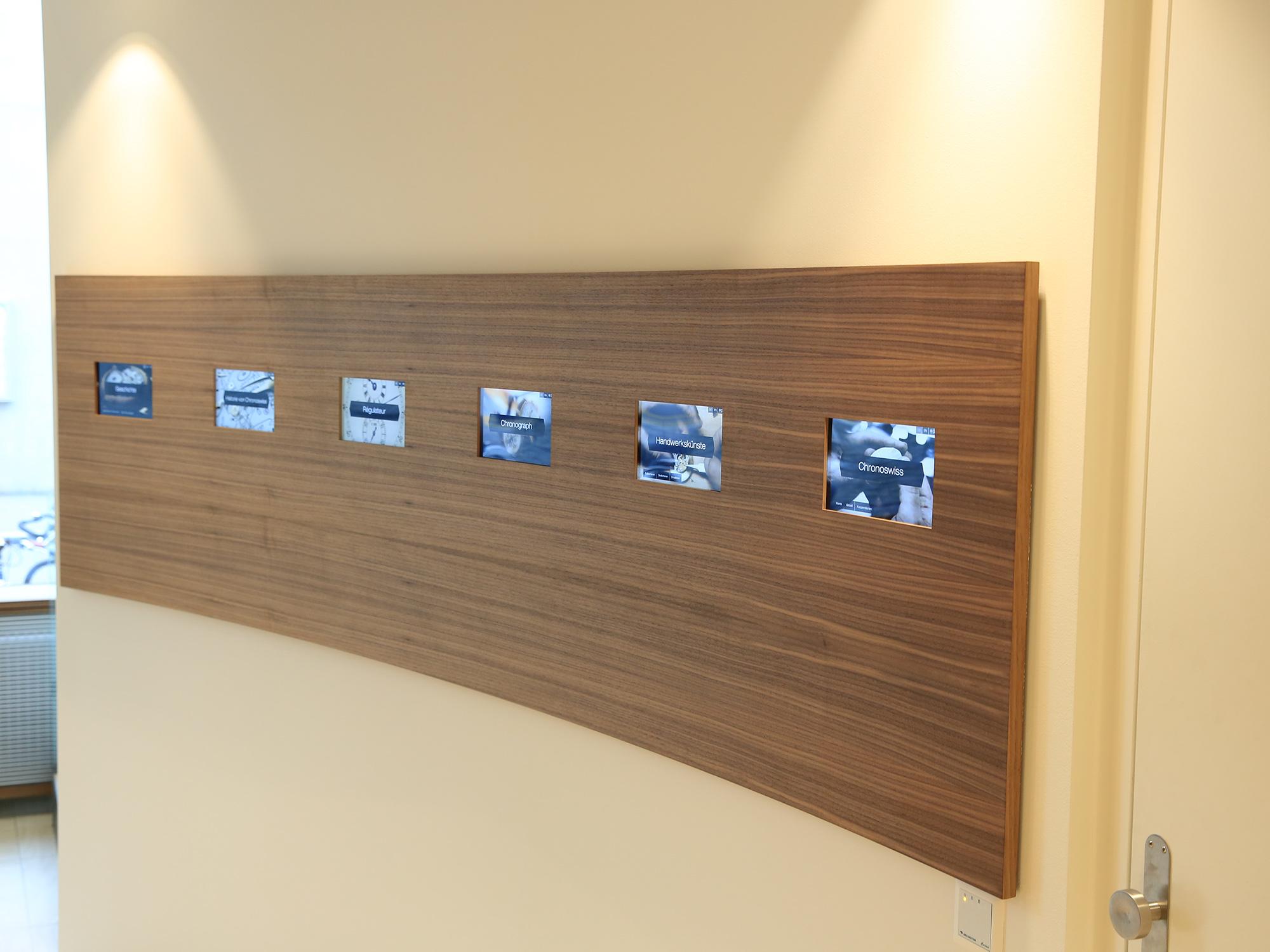 3_interaktive-history-wall